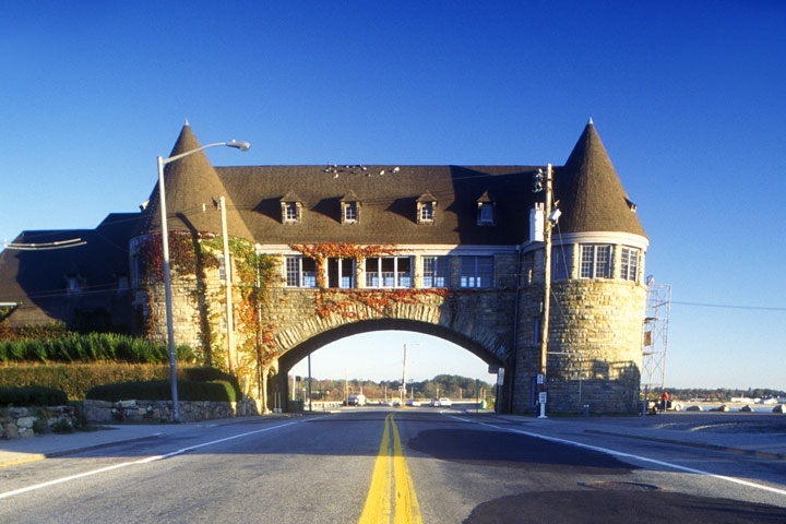 Road leading to Narragansett Pier on Scenic Route 1S, Rhode Island
